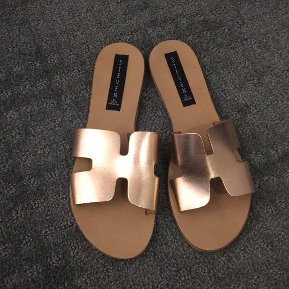 e4e52ad97b7 Steve Madden Steven rose gold sandals Greece